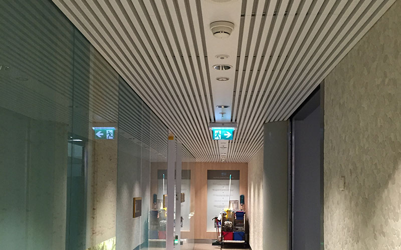 lamellen-plafond-schiphol